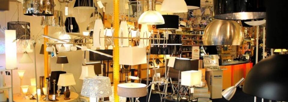 http://www.bezoekrijkevoort.nl/media/cache/vergroot/uploads/img/bedrijffotos/afbeelding-van-jan-berkvens-verlichting-4.jpg