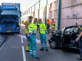 Problemen op de A73 na ongeluk bij Rijkevoort